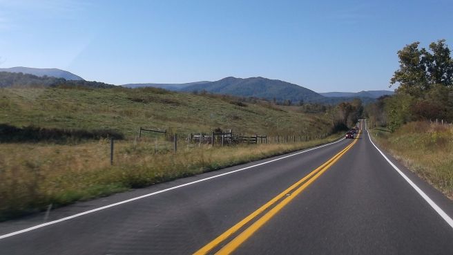 mountain-country-highway