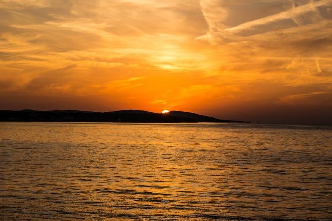 sunset-523912_1280
