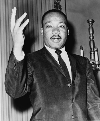 martin-luther-king-jr-393870_960_720