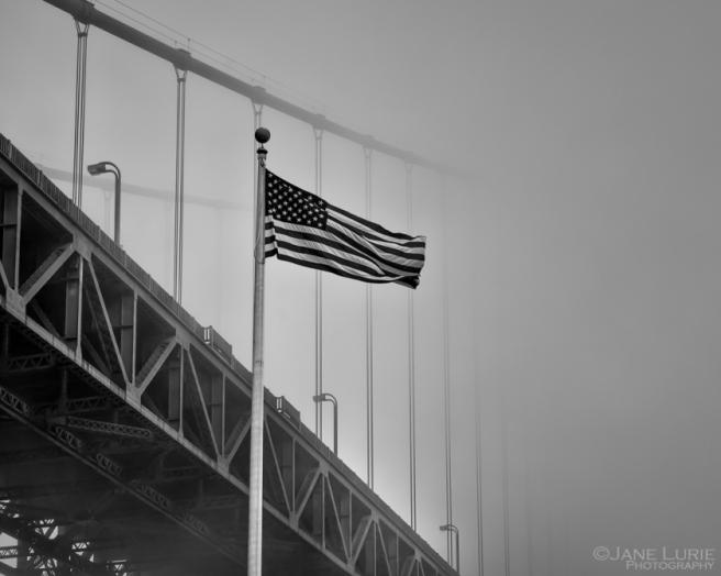 Golden Gate, San Francisco, American Flag, Fog