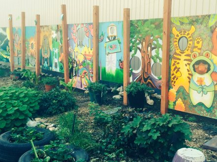community garden calling murals and tires CvT4GWYXgAAYEhB